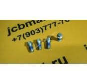Болт скобы переднего карданного вала F10/10061